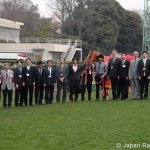 GRANDEZZA Winner's Circle with Mr. Teruya Yoshida and Family Courtesy Japan Racing Association