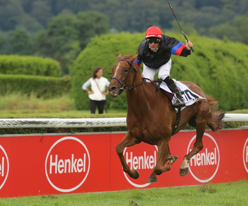FEODORA Winning the G1 Preis der Diana Aug 8th, 2014. Courtesy M. Ruhl.